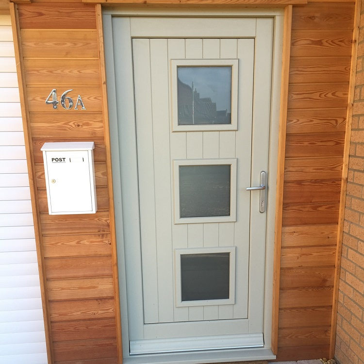 Timber Entrance Door with contemporary stying