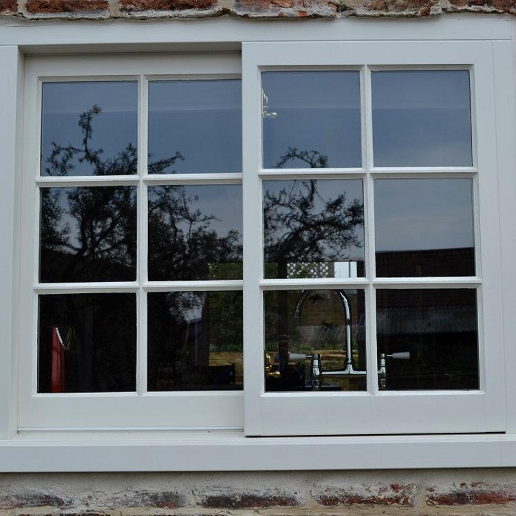 Timber Yorkshire Sash window with putty glazing