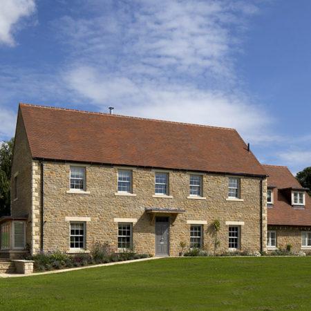 sliding sash windows in tradition new build